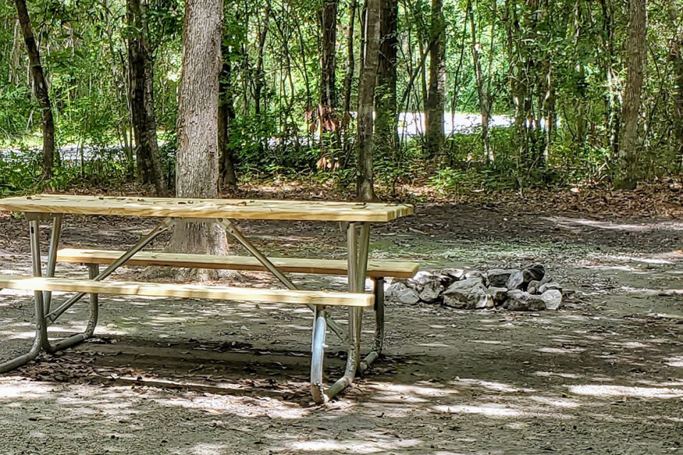 picnic_tables-picnic-areas-gautier mississippi